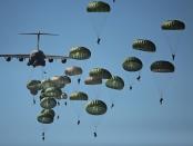 parachute-704413_640